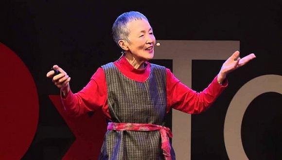 【苏州APP开发】她60岁才开始学电脑 81岁的时候开发出APP展现女儿节